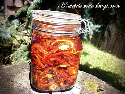 Rosii deshidratate in ulei de masline