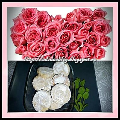 Biscuiti fini cu trandafiri