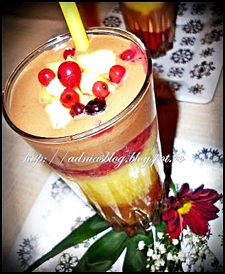 Layered smoothie