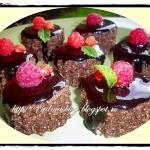 Negresa rapida cu glazura de ciocolata falsa