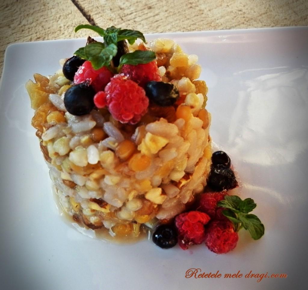 Mic dejun cu cereale asortate