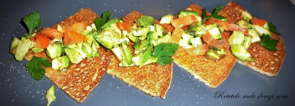 Clatite cu in si salata de avocado2