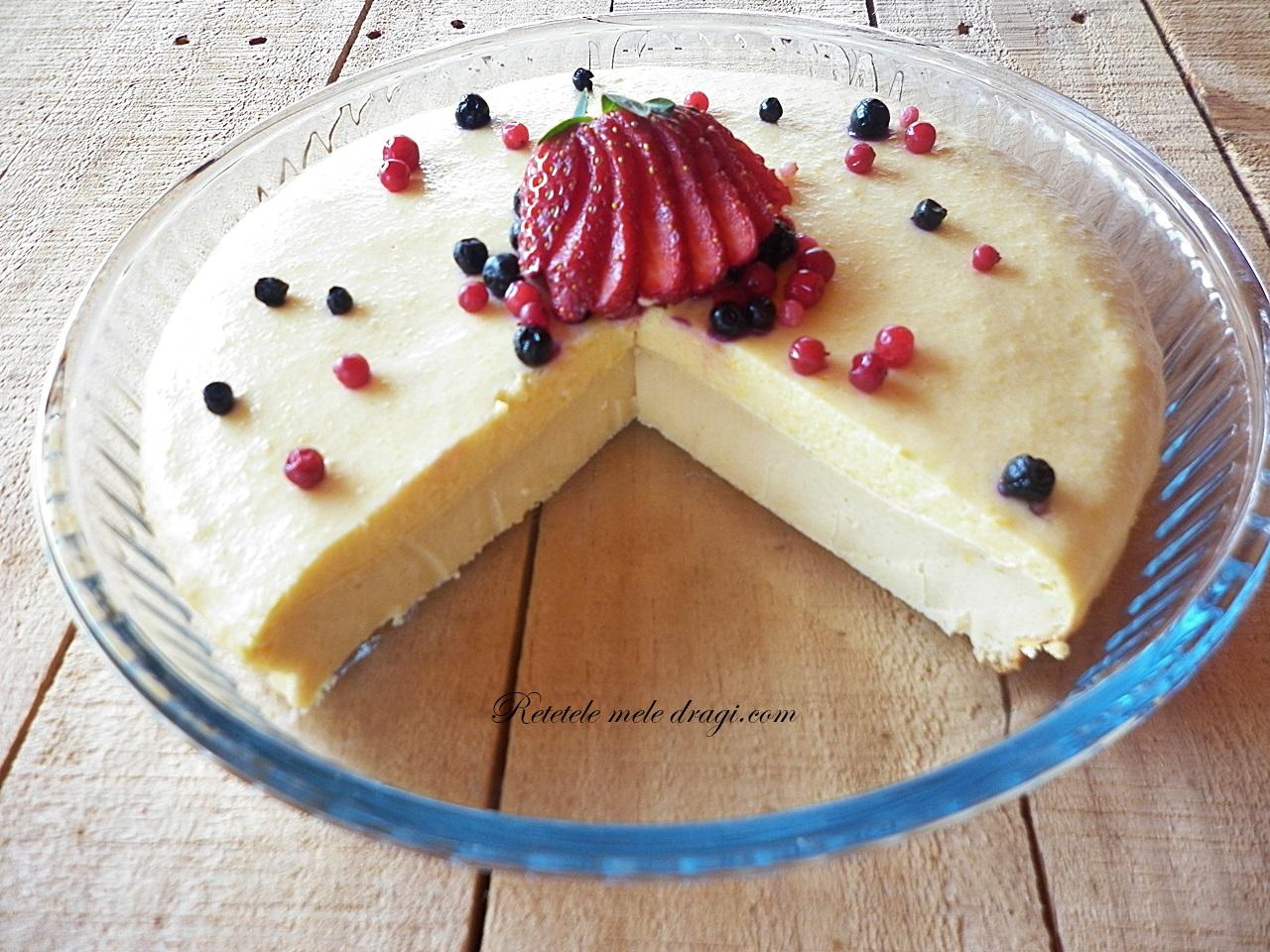Tarta cu vanilie si fructe