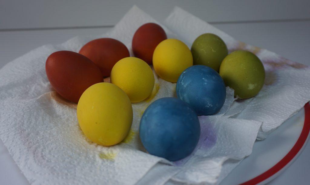 oua vopsite natural pentru Paste poza 1