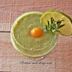 Smoothie de avocado cu lime si rozmarin