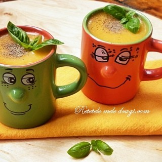 Supa crema cu mei si legume
