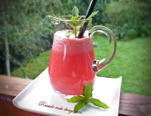 Suc de pepene cu ghimbir si menta
