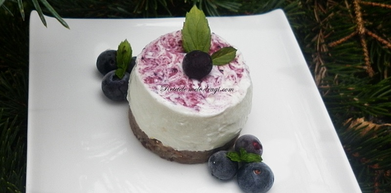 Cheesecake fara coacere cu afine