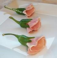 Aperitiv trandafiri din sunca
