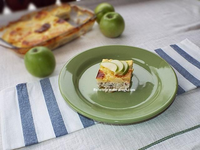 Musaca cu mere si curcan