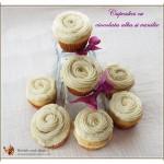 Cupcakes cu ciocolata alba si vanilie1