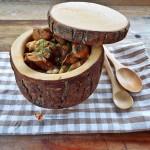 Pere posate in ceai de iasomie, sparanghel si piure de bob