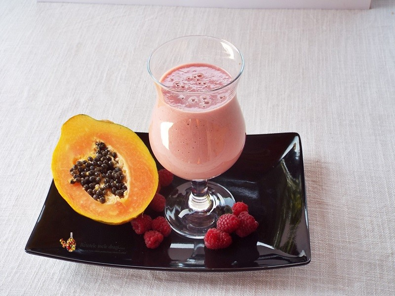 smoothie de papaya si zmeura1
