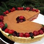 tarta fara coacere cu ciocolata, visine si merisoare1
