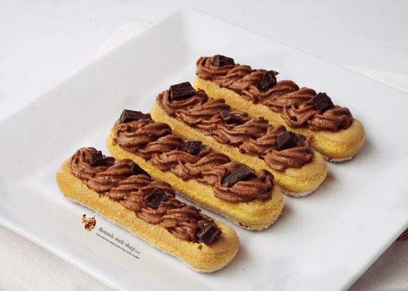 desert cu piscoturi si mousse de ciocolata