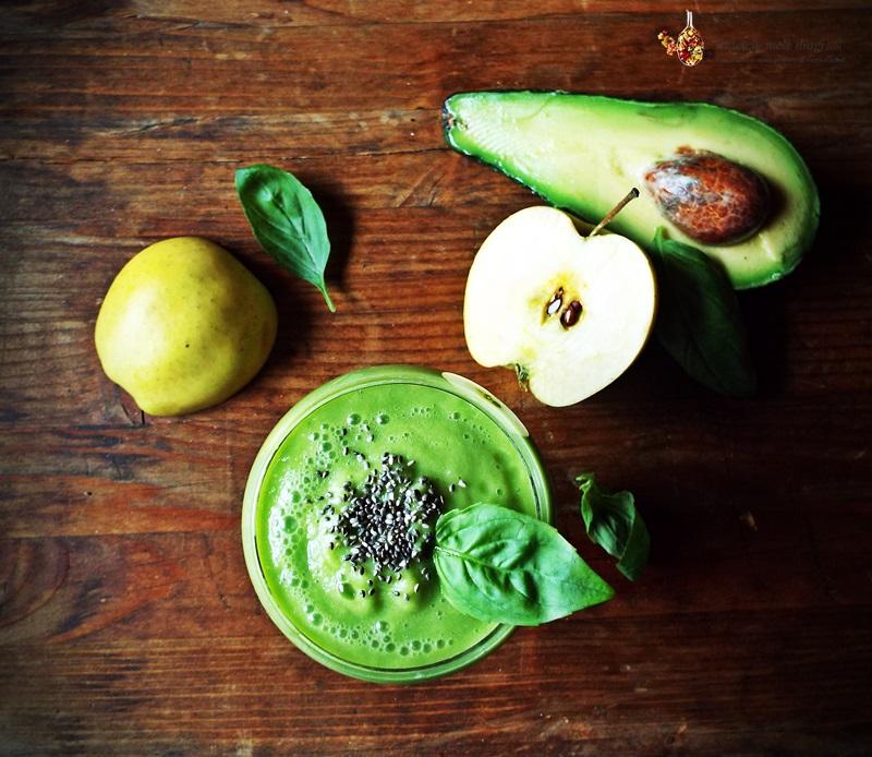 smoothie de mere, avocado si busuioc 2