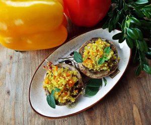 ciuperci umplute cu quinoa si legume