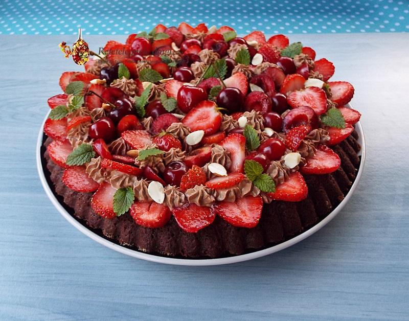 tarta cu ciocolata si fructe 1