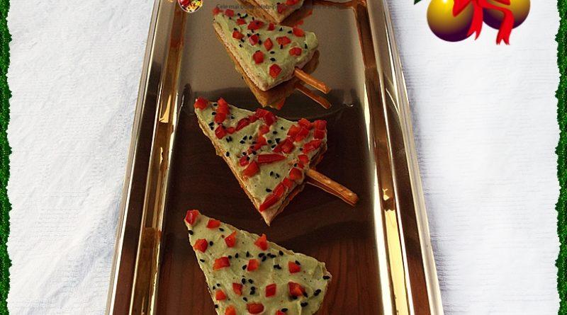 Aperitiv festiv braduti cu pasta de avocado (guacamole)