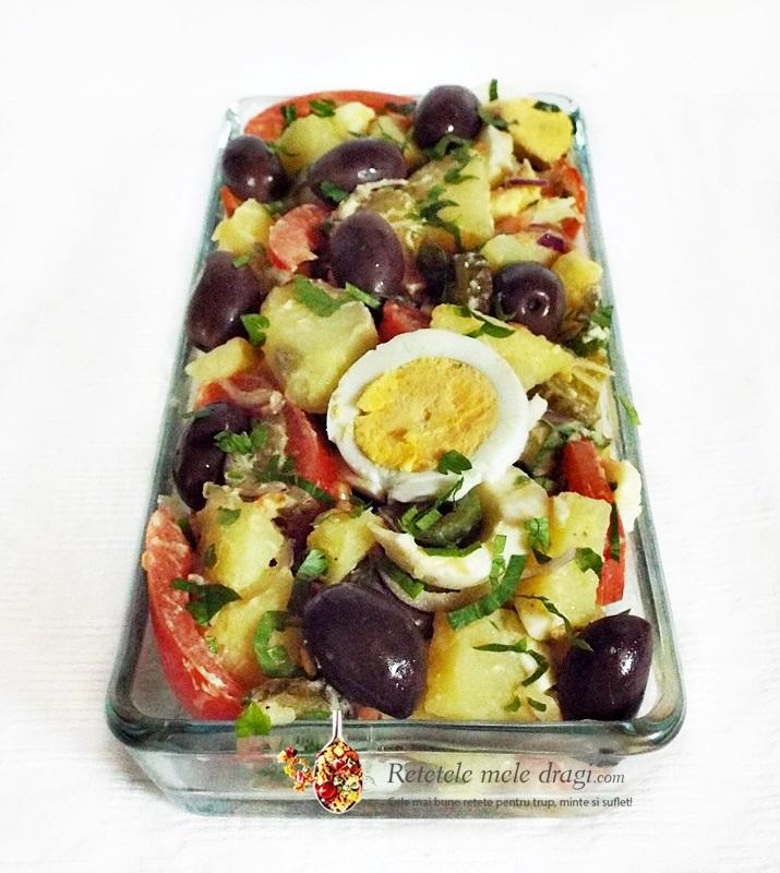 salata orientala cu castraveti murati 1