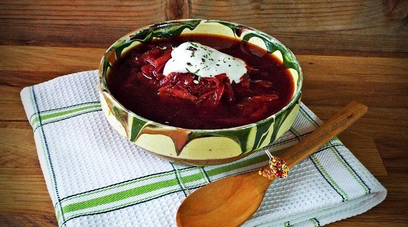 bors rusesc cu sfecla rosie