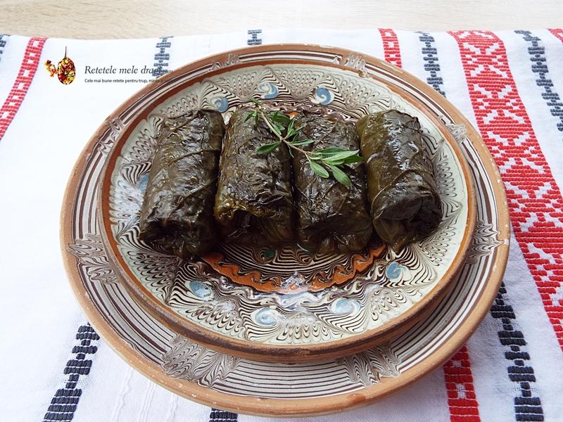 sarmale cu quinoa si legume in frunze de podbal 1