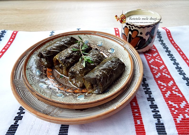 sarmale cu quinoa si legume in frunze de podbal