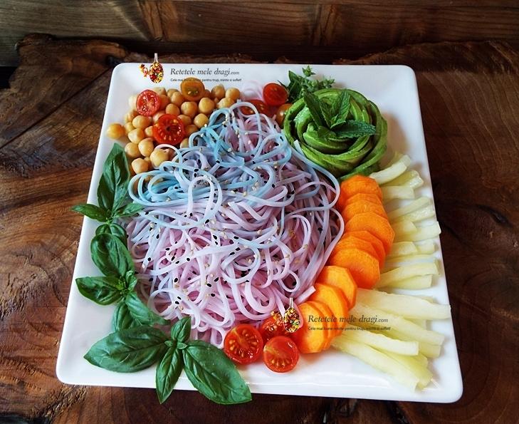 salata cu taietei de orez unicorn 1