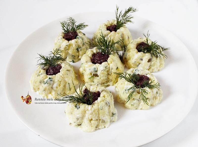 salata festiva de cartofi cu ciuperci si ou