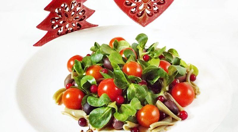 salata festiva de paste cu rosii si merisoare 1