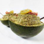 pasta de avocado cu sardine