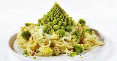 spaghete cu sos de conopida Romanesco