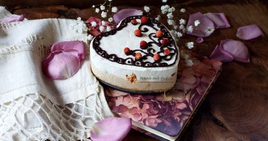 Tort fara coacere cu mascarpone, arahide si fragute 1