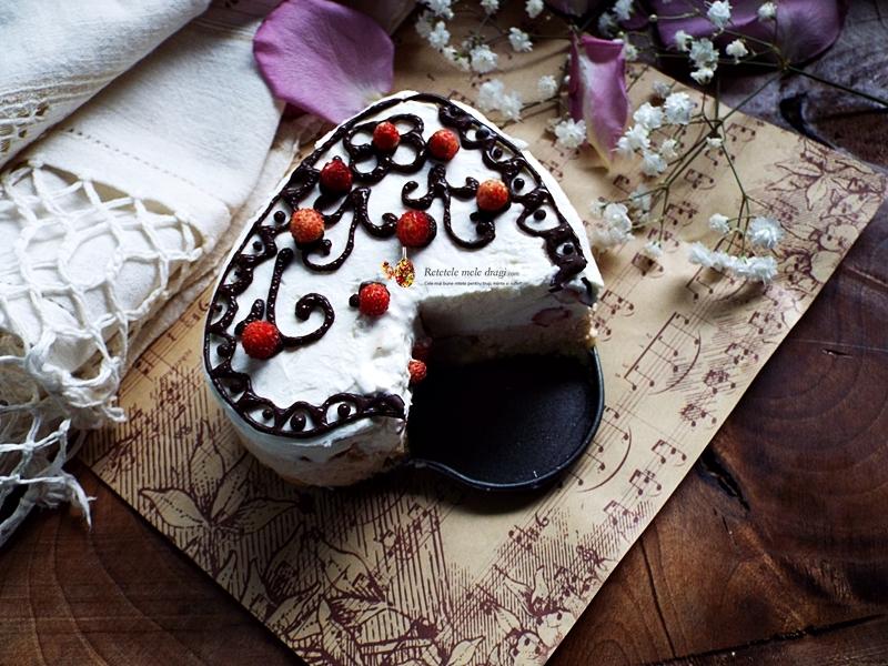 Tort fara coacere cu mascarpone, arahide si fragute 2