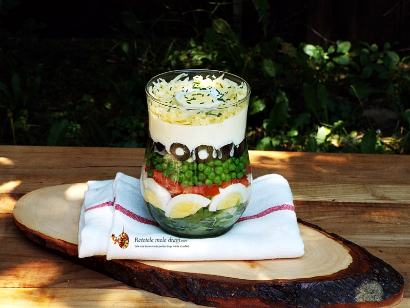Salata in 7 Straturi
