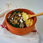 mamaliga cremoasa cu ciuperci si spanac