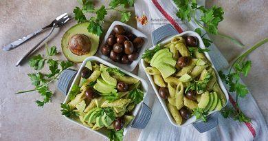 paste cu sos de avocado si masline 1