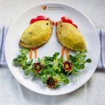 Salată de ouă cu șuncă și cașcaval