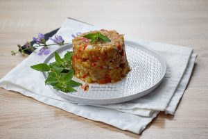 Salata de vinete cu dovlecel si ardei copt