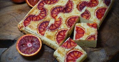 Prajitura rasturnata cu portocale rosii
