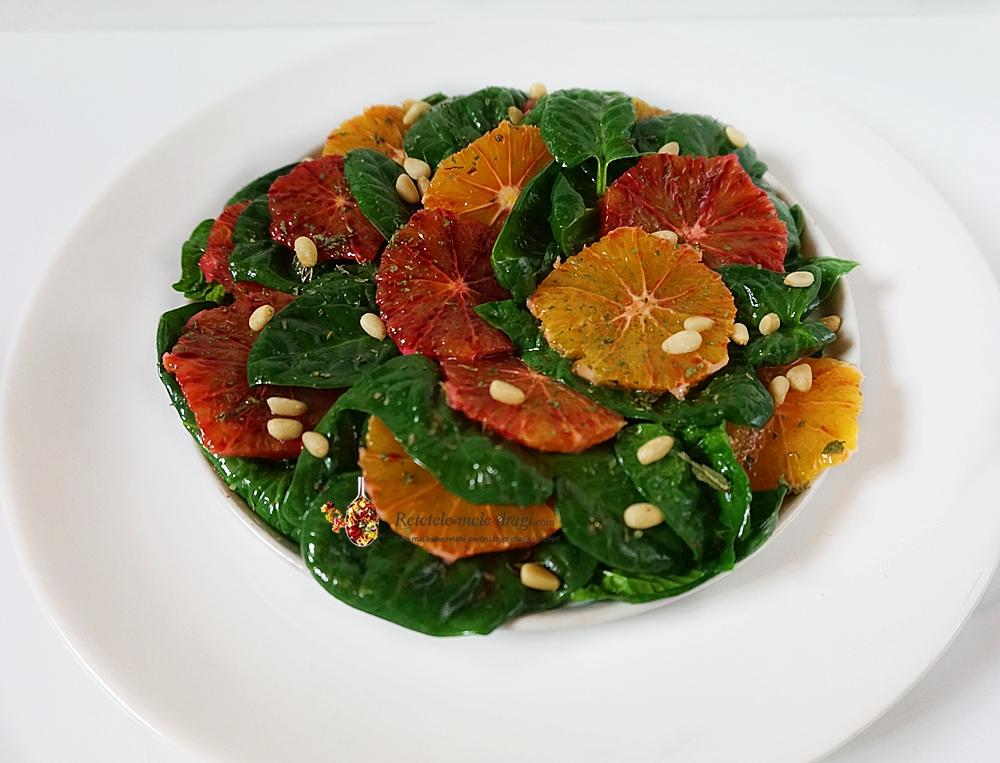Salata de spanac cu portocale rosii
