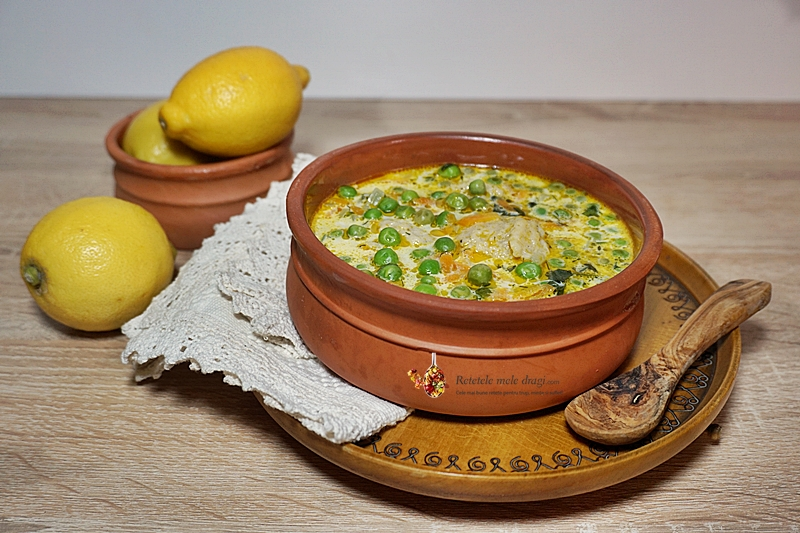 supa de mazare cu galuste de faina