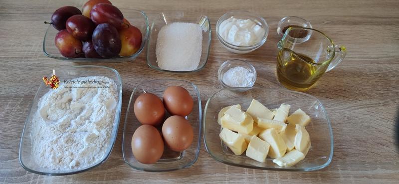 Ingrediente pentru prajitura rapida cu prune si scortisoara