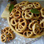 Prăjitură rapidă cu prune și scorțișoară