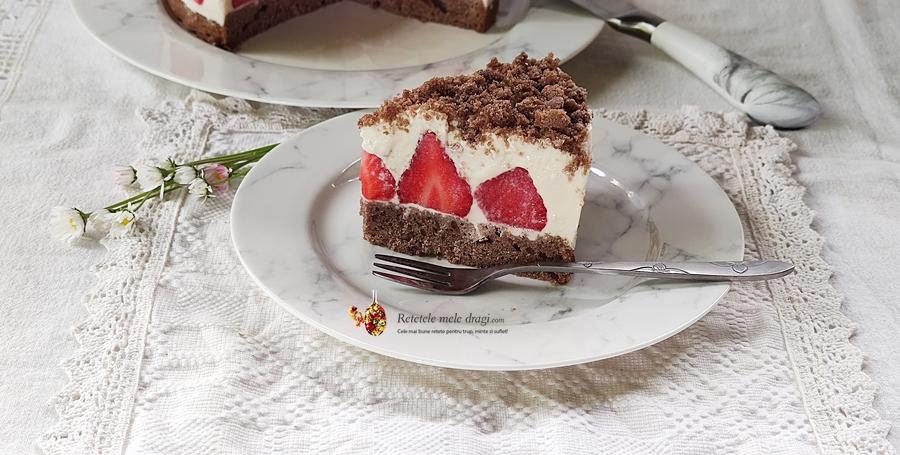 cheesecake cu capsuni si crema de migdale 3